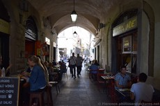 Osteria L'Antico Noe Under the Archway in Florence.jpg