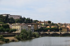 Ponte Alle Grazie bridge in Florence spanning the Arno River.jpg