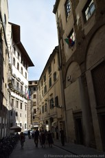 Via della Ninna street in Florence Walking away from Palazzo Vecchio.jpg