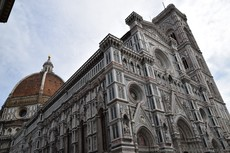 Middle to Upper Portion of Cattedrale di Santa Maria del Fiore.jpg